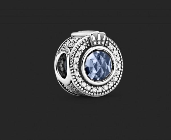 PANDORA Sparkling Blue Crown 799058C01